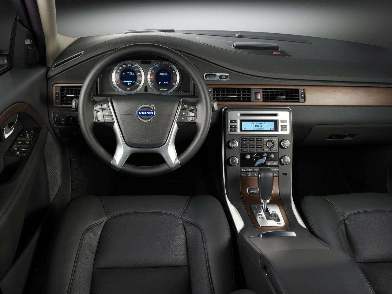 Zmodernizowane Volvo S80 2010MY