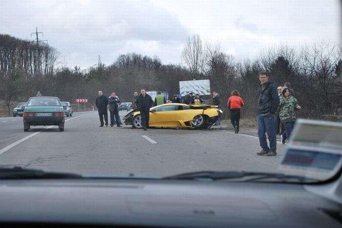 Kolejne rozbite Lamborghini