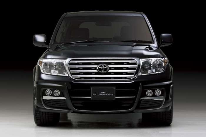 Toyota Land Cruiser 100 by Wald International