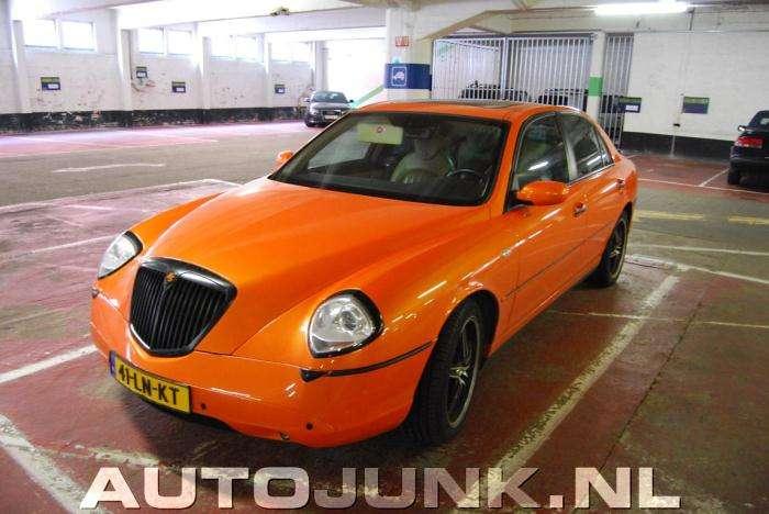 Lancia Thesis Orange