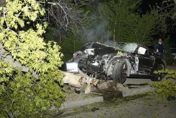 Wypadek Nissan GTR Nissan Sunny