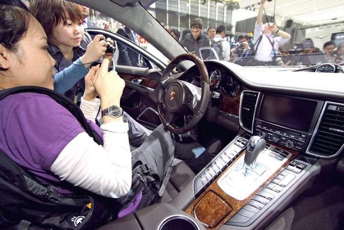 Porsche Panamera Szanghaj live