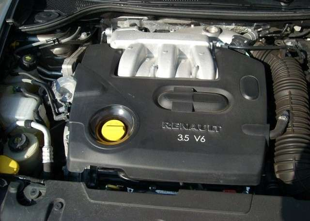 Renault Laguna Coupe 3.5 V6 240KM Initiale