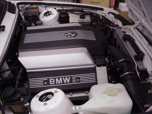 BMW E30 340is