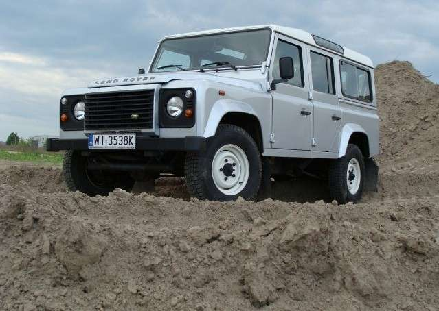 Land Rover Defender test