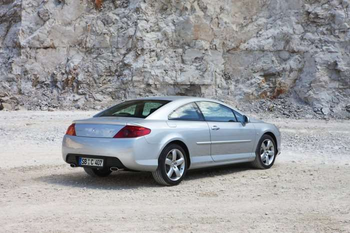 Peugeot 407 Coupe 2010MY