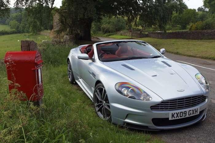 Aston Martin DBS Volante Galeria