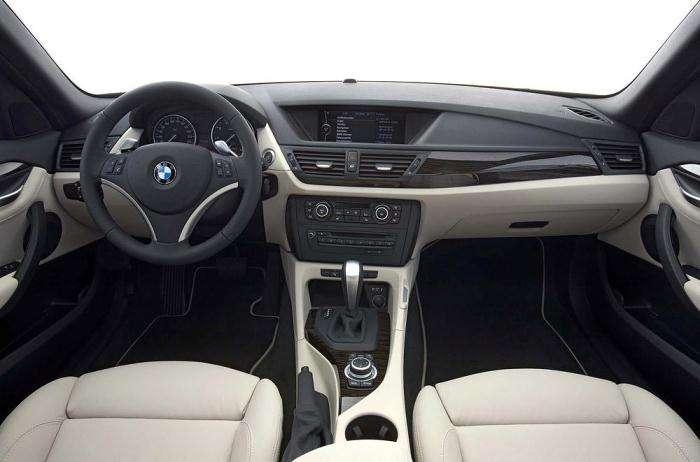 BMW X1 galeria