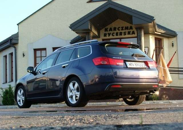 Honda Accord Tourer test 2009