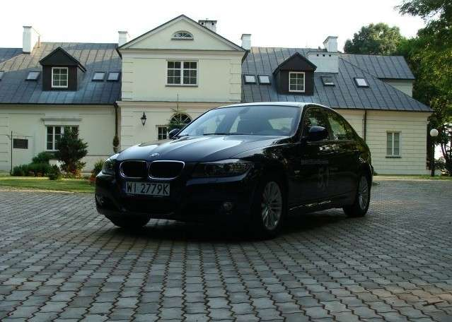 Test BMW 320xD vs Lexus 2009