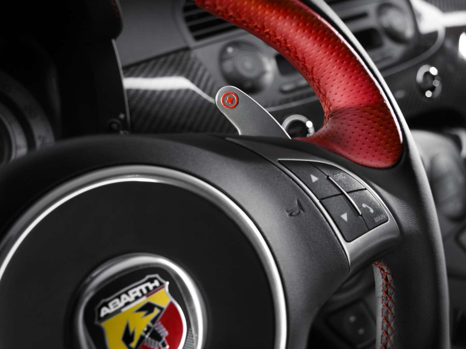 Fiat 500 695 Tributo Ferrari