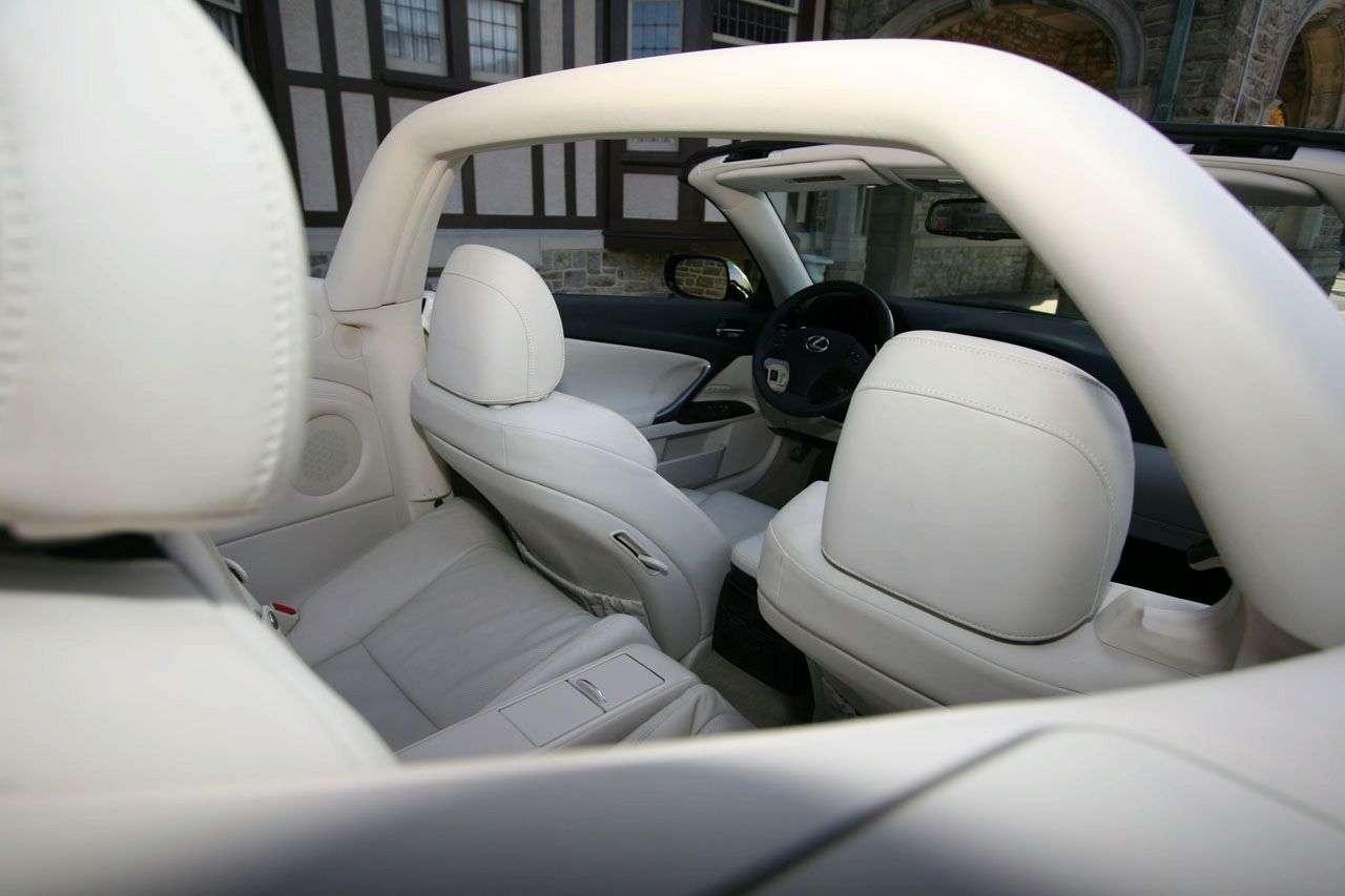 Lexus IS 350C Fox Marketing na SEMA 2009
