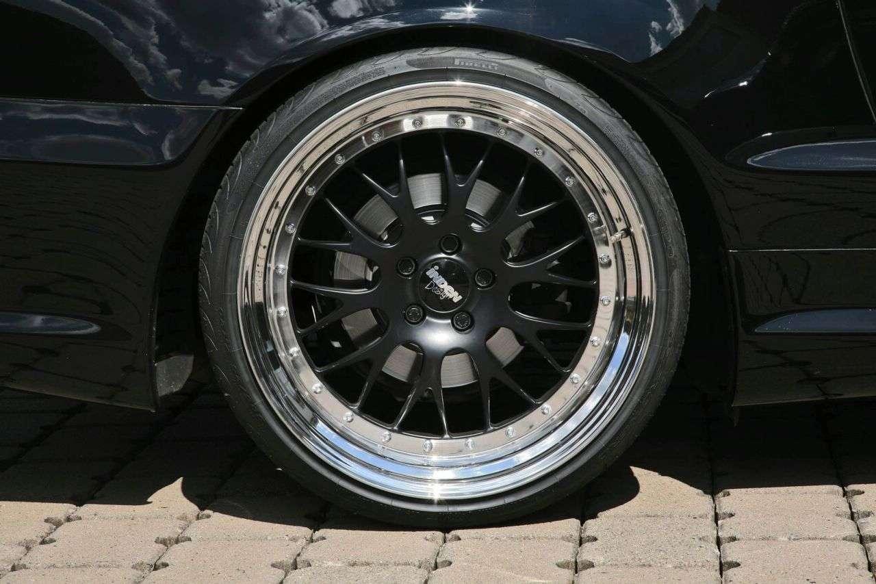 Mercedes SL500 od Inden Design 2009