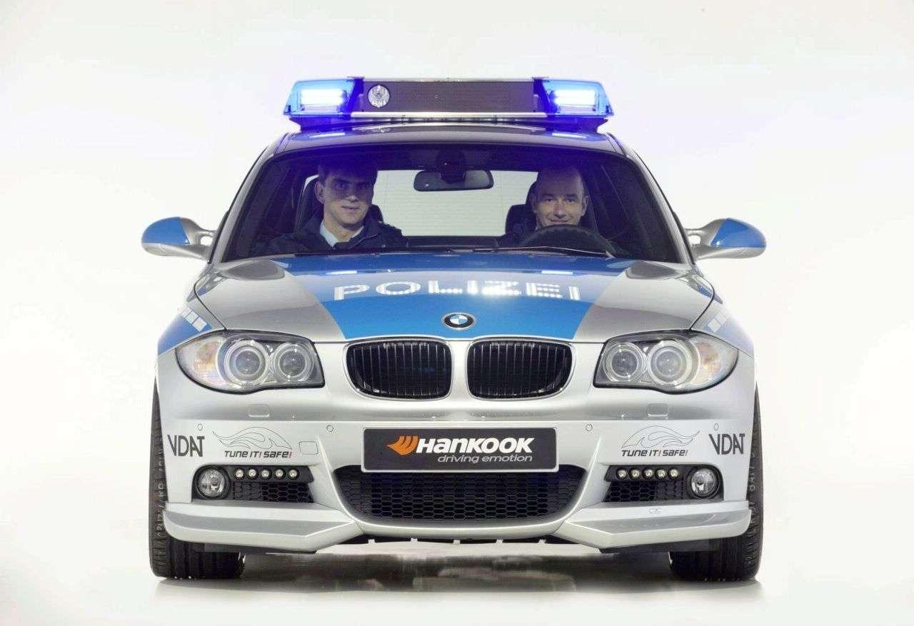 BMW serii 1 od AC Schnitzer police car 2009