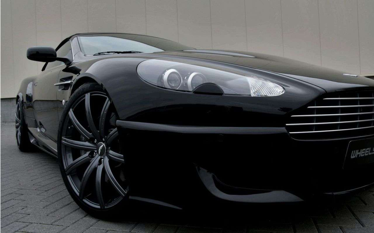 Aston Martin DB9 Volante od Wheelsandmore 2009