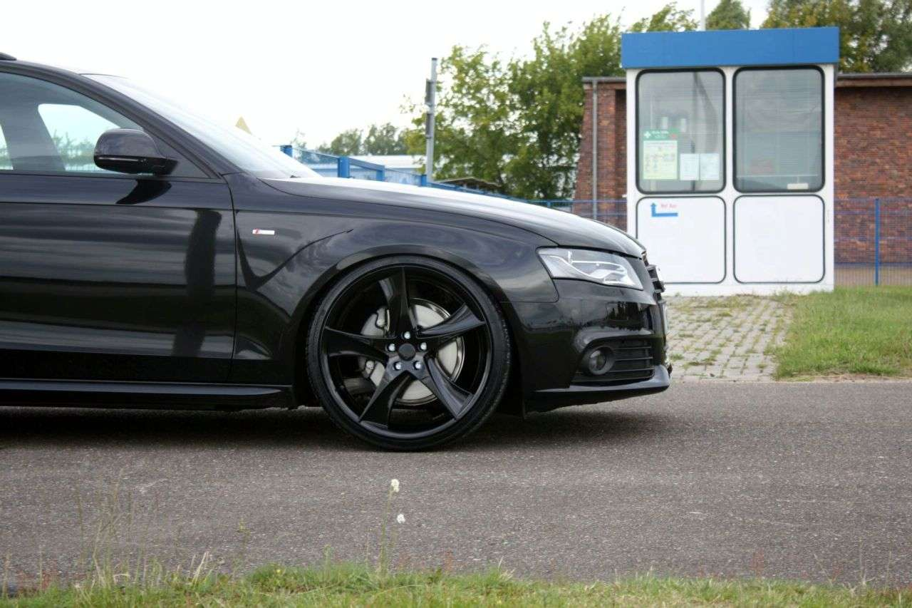 Audi A4 Avant wedlug AVUS Performance 2009