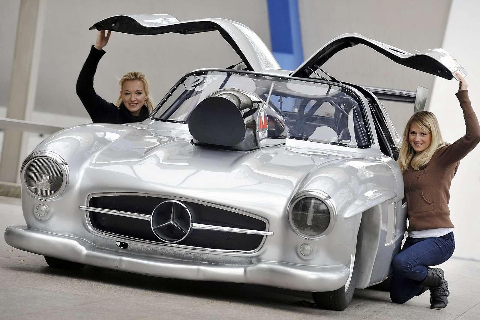 Mercedes-Benz 300SL Gullwing DragStar Essen 2009
