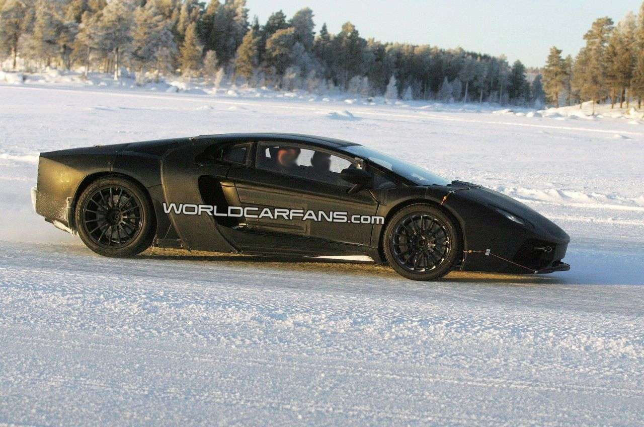 Lamborghini Jota szpieg 2010 WCF