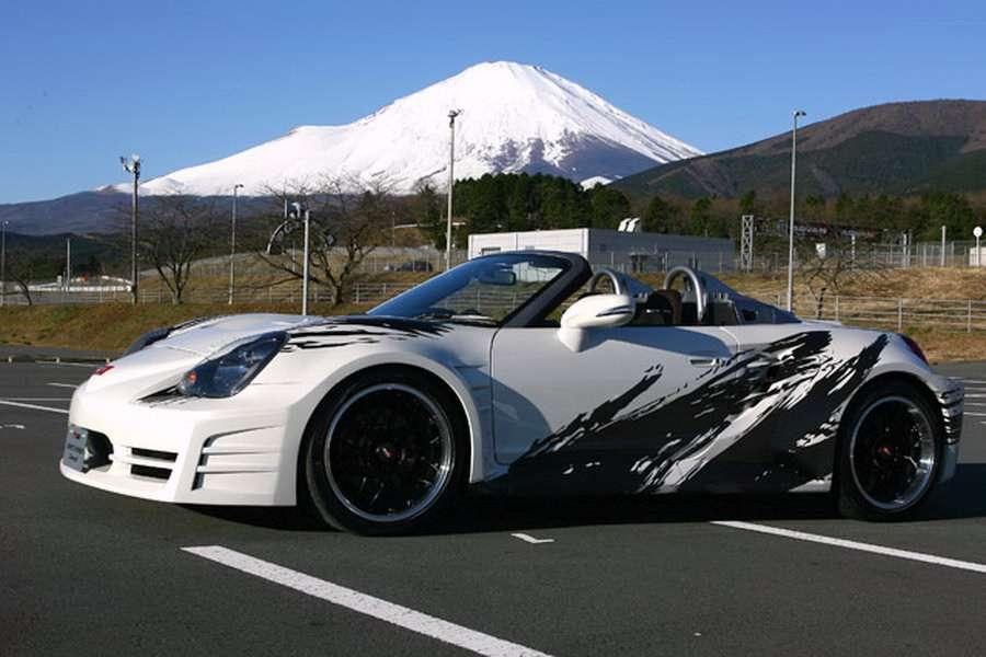 Hybrydowa Toyota MR2 Tokio 2010