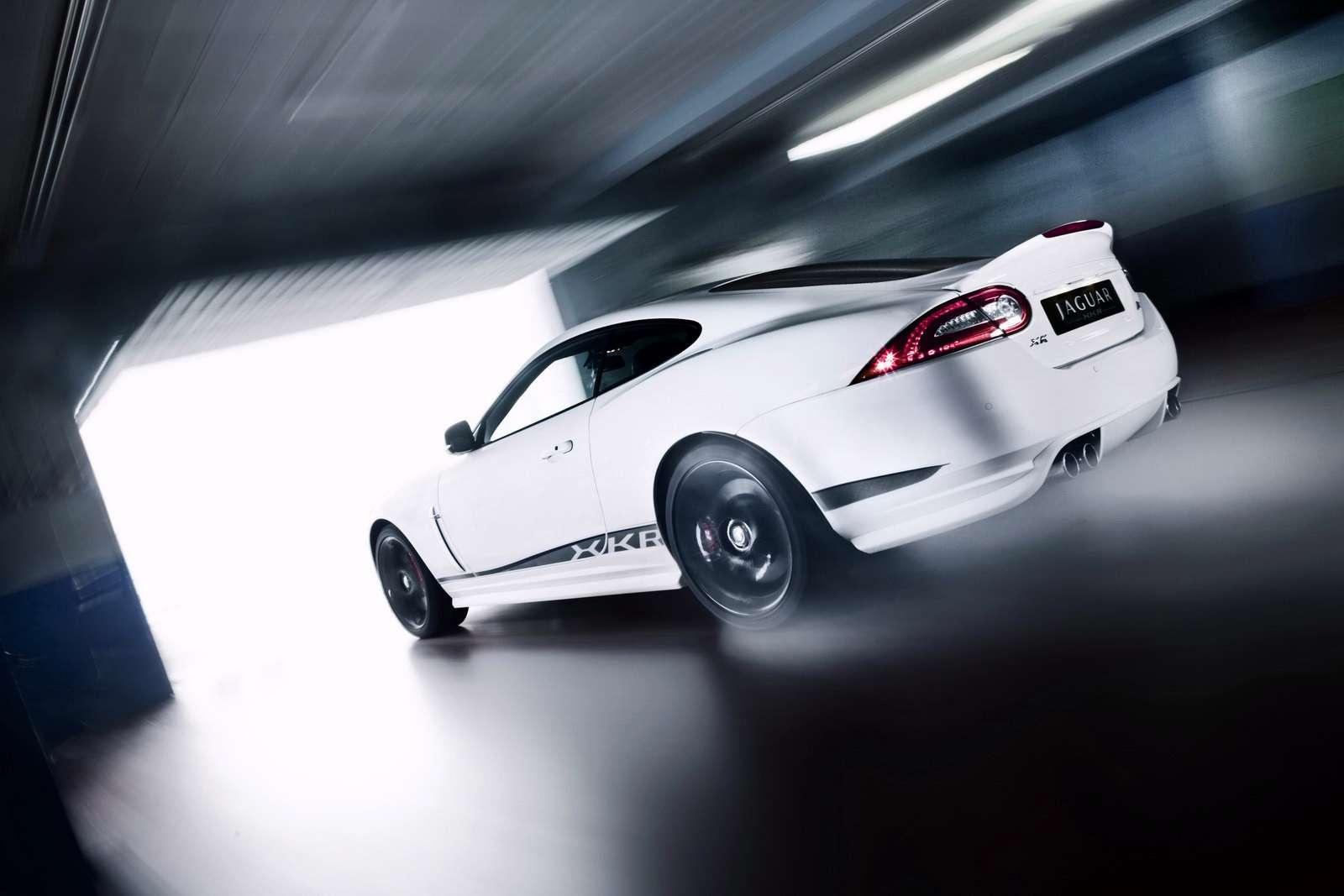 2011 Jaguar XKR luty 2010