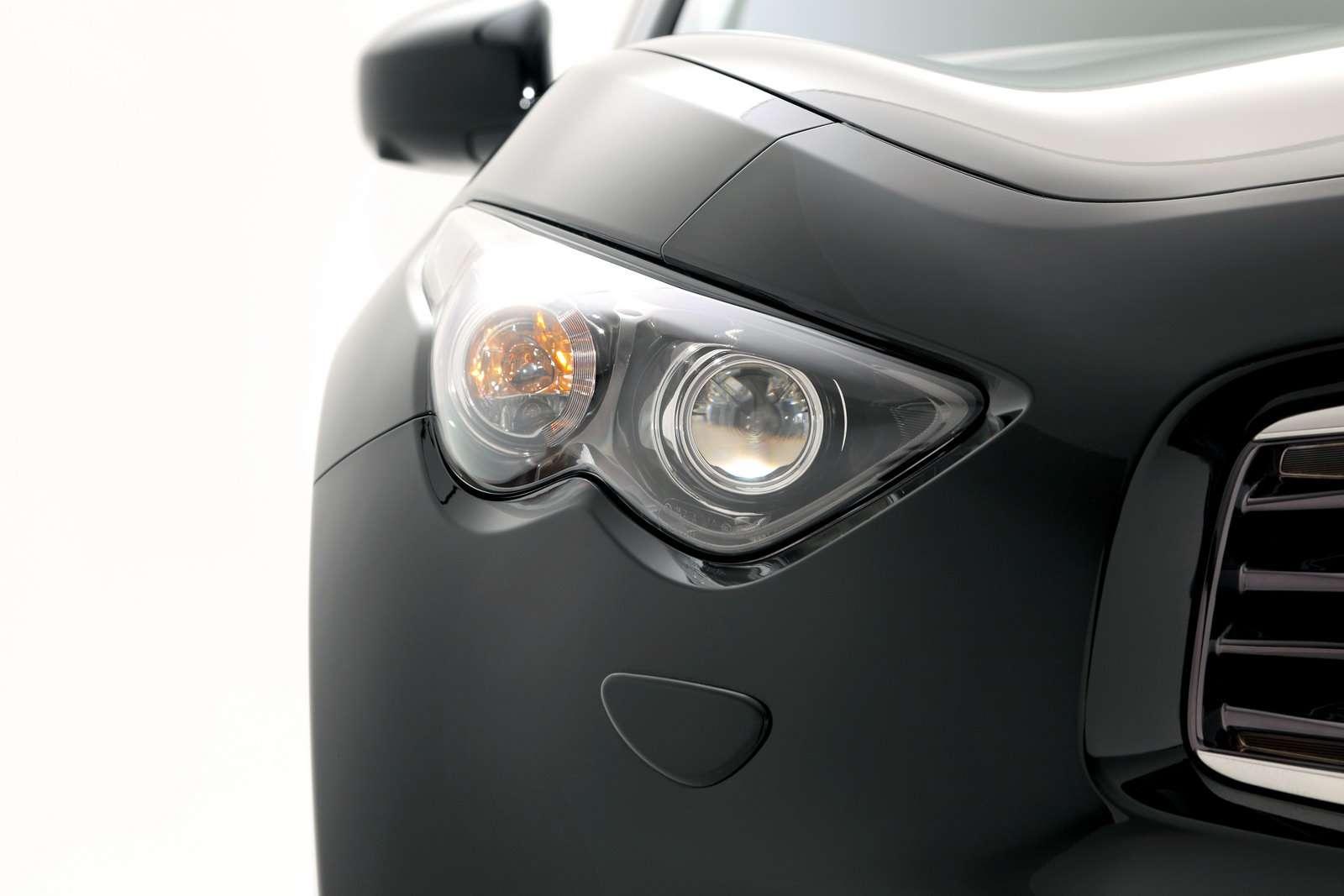 Infiniti EX30d FX30d i M30d luty 2010 diesel