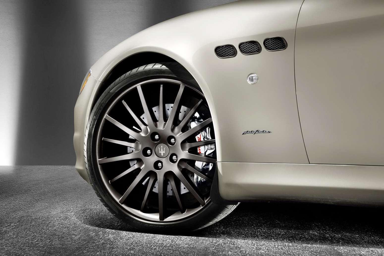 Maserati Quattroporte Sport GT S Awards luty 2010
