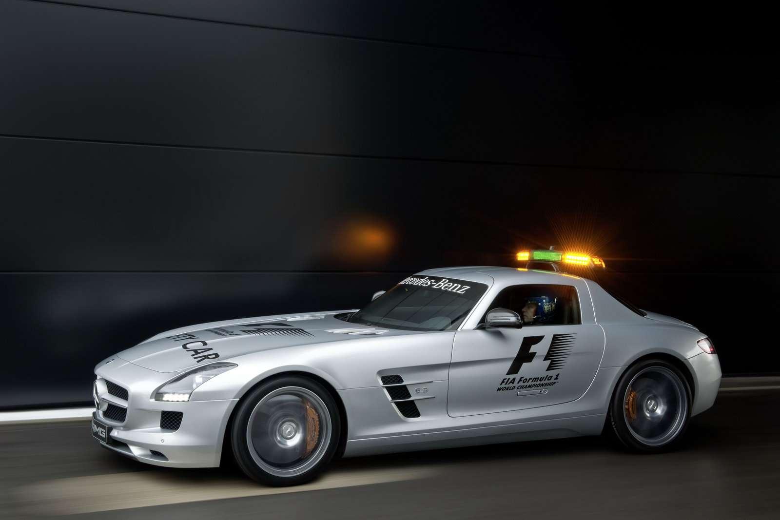 Mercedes SLS AMG safety car 2010