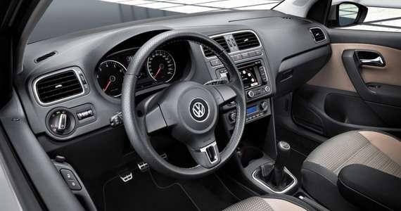 Volkswagen CrossPolo luty 2010