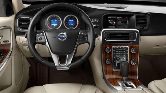Nowe Volvo S60 nowe fot 2010 luty