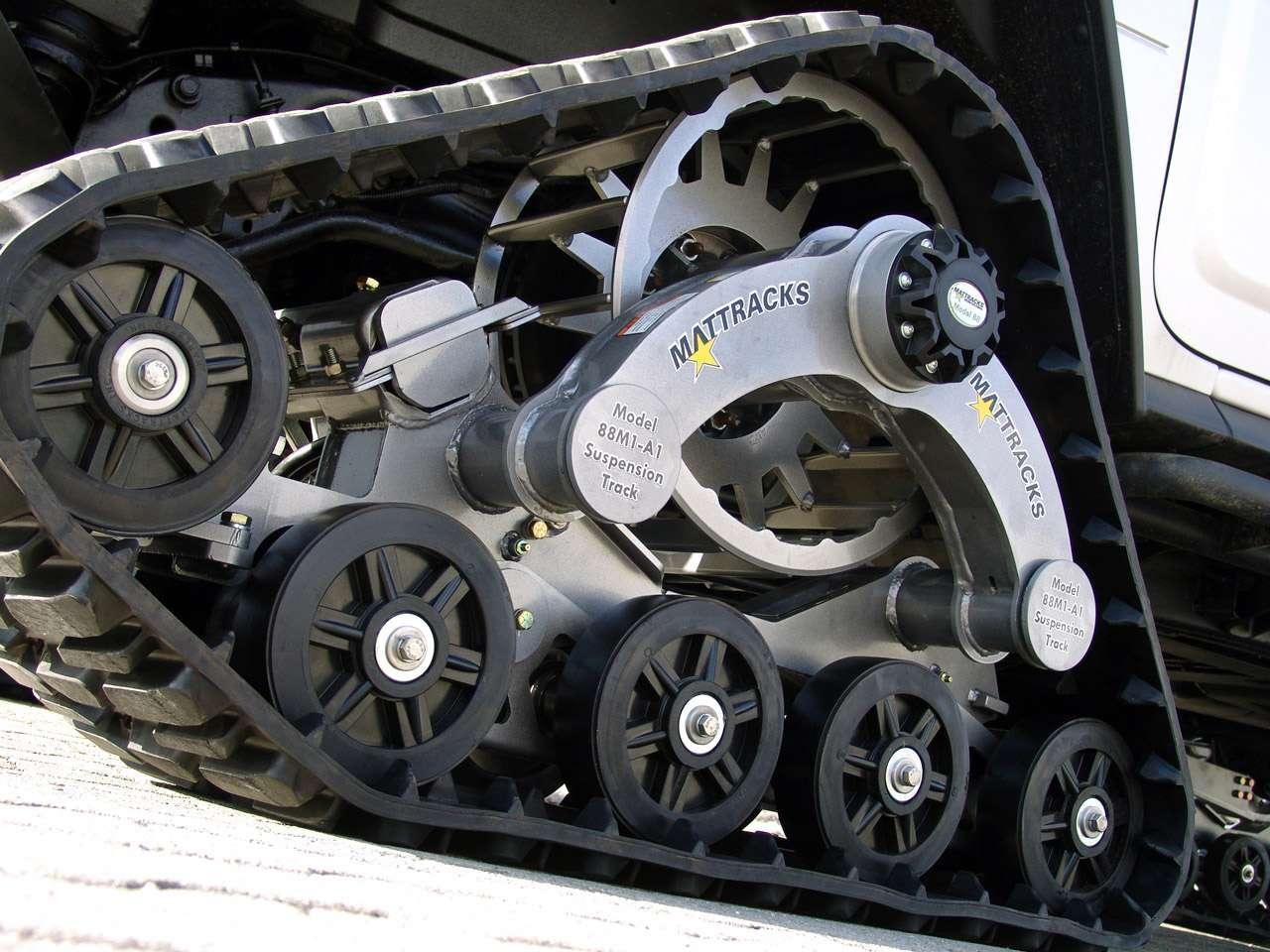 Hummer H2 Bomber GeigerCars marzec 2010