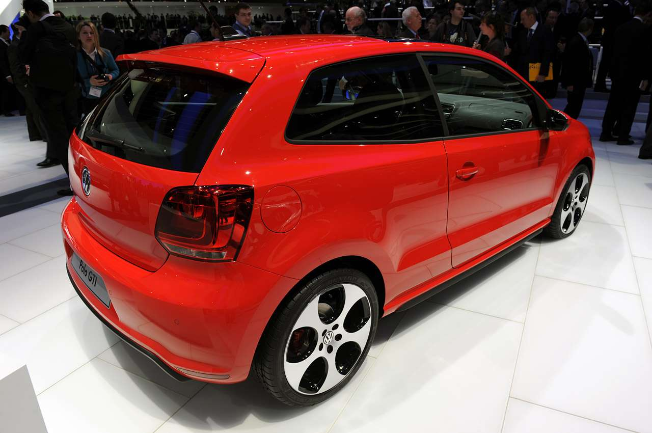 VW Golf GTI Genewa 2010