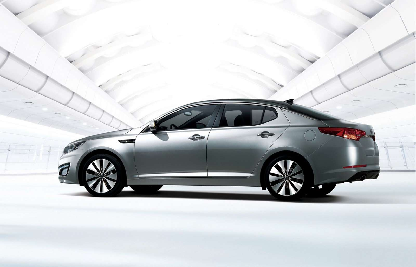 Kia Optima marzec 2010