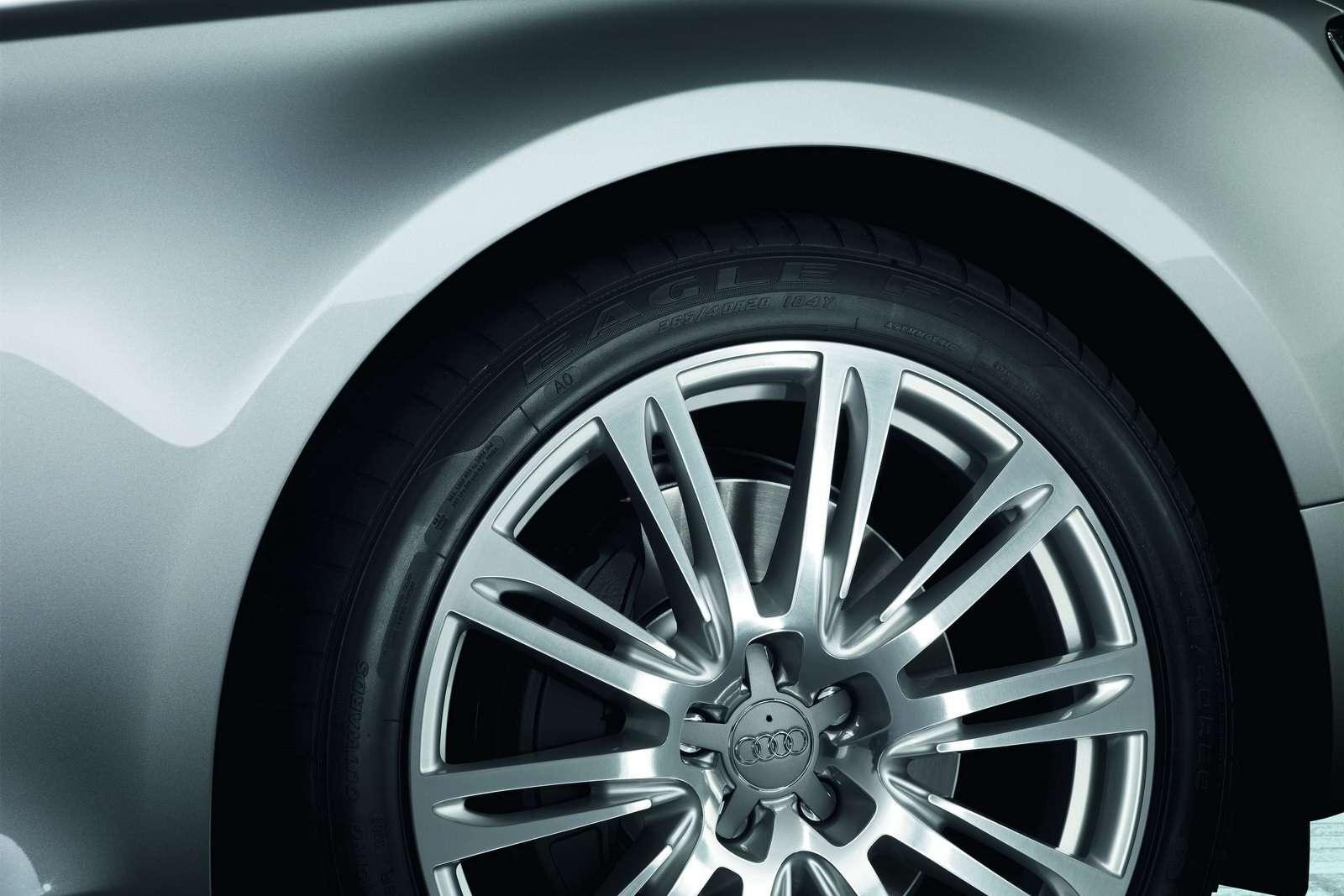 Audi A8 L W12 kwiecien 2010