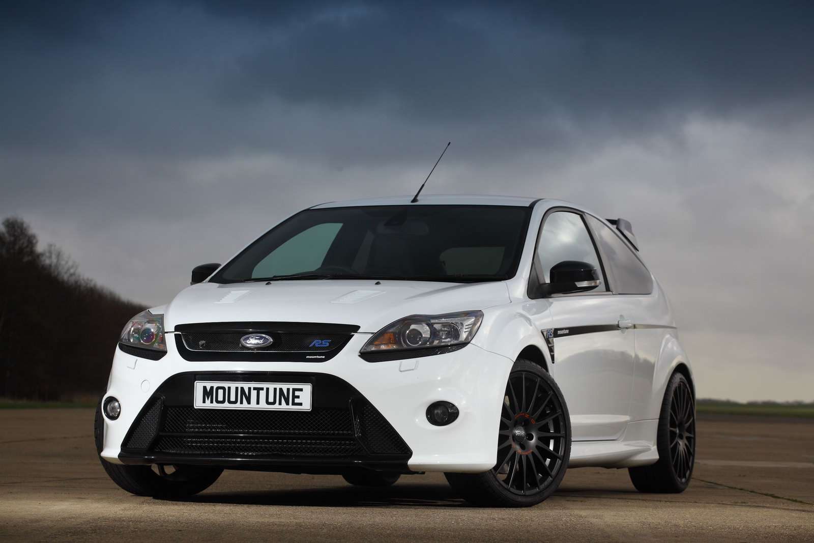 Ford Focus RS Mountune kwiecien 2010