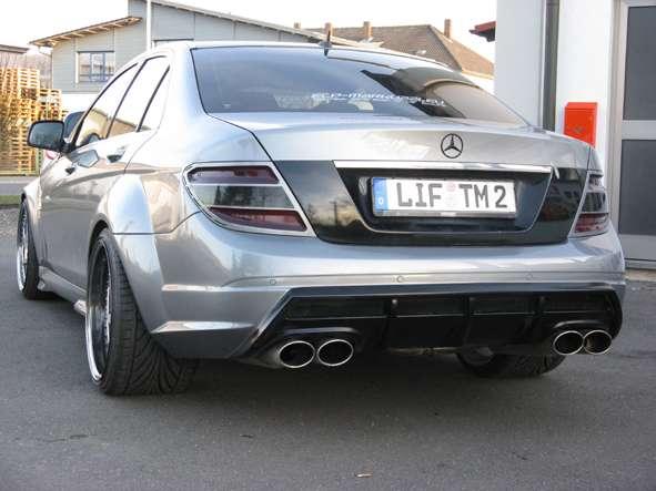 Mercedes C63 AMG wedlug Markuzzi Exclusive 2010