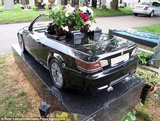 BMW pogrzeb trumna maj 2010