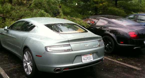 aston martin tree 1 glo