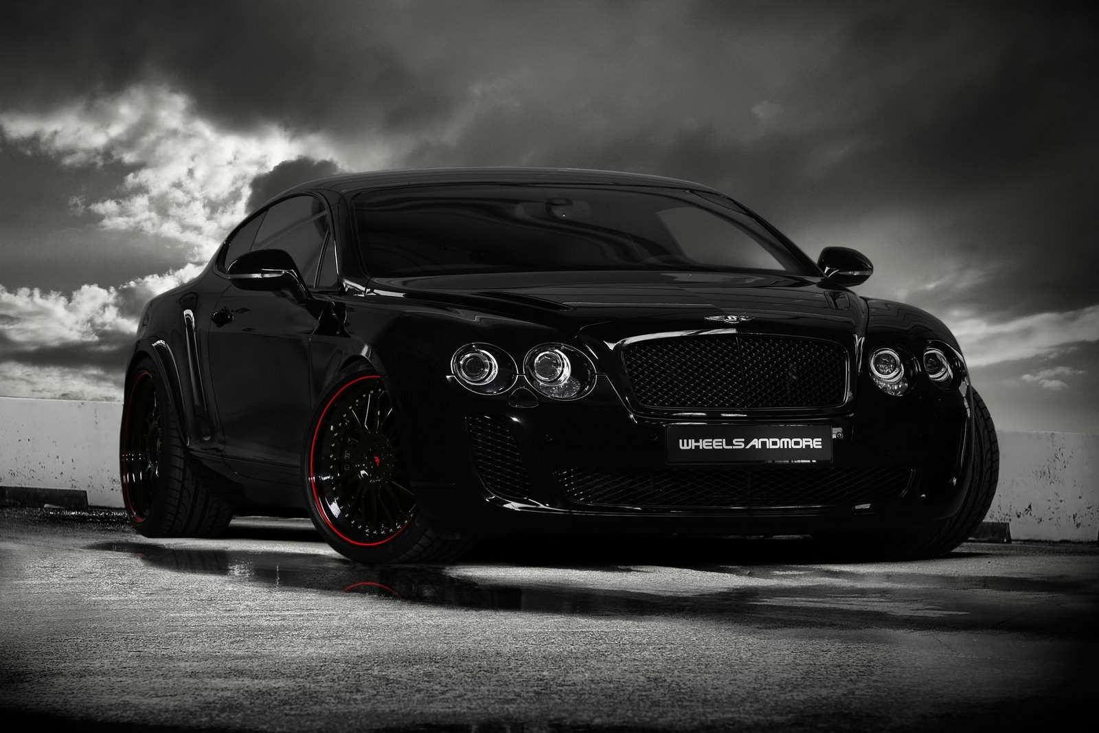 Bentley Continental Supersports od Wheelsandmore 2010