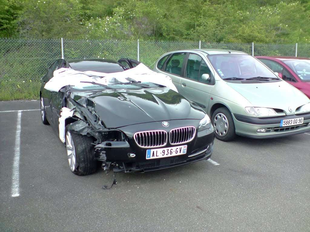 BMW 5 F10 First crash czerwiec 2010