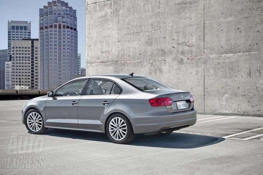 VW Jetta 2011 wyciek czerwiec 2010