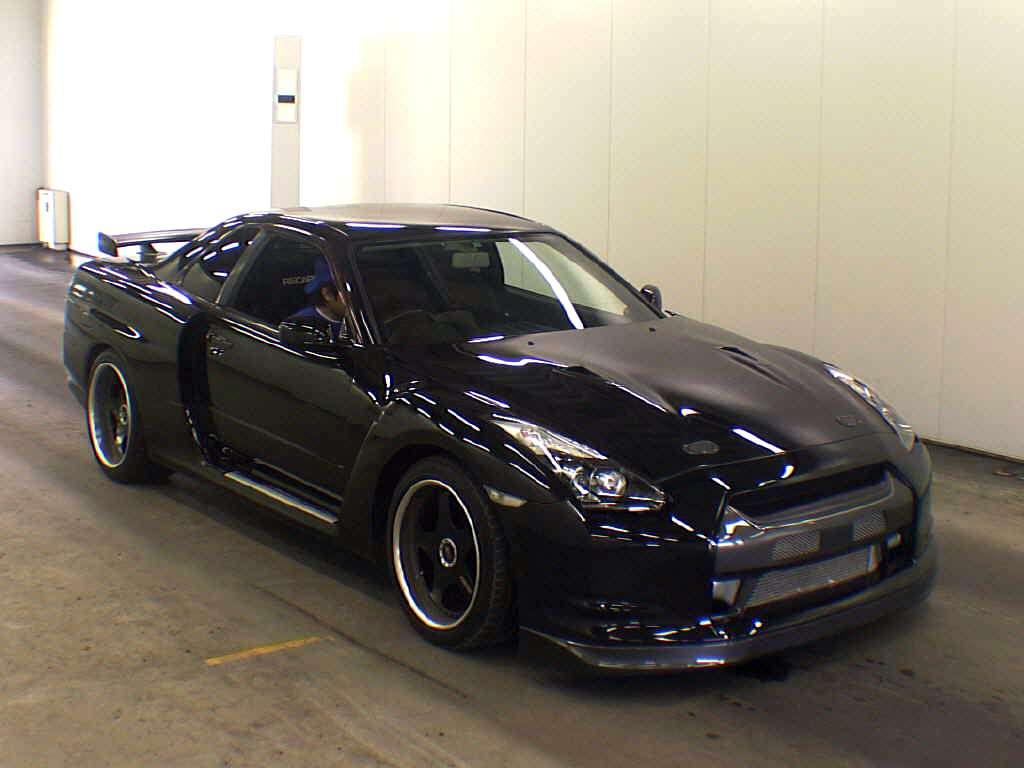 Nissan Skyline GT-R czerwiec 2010