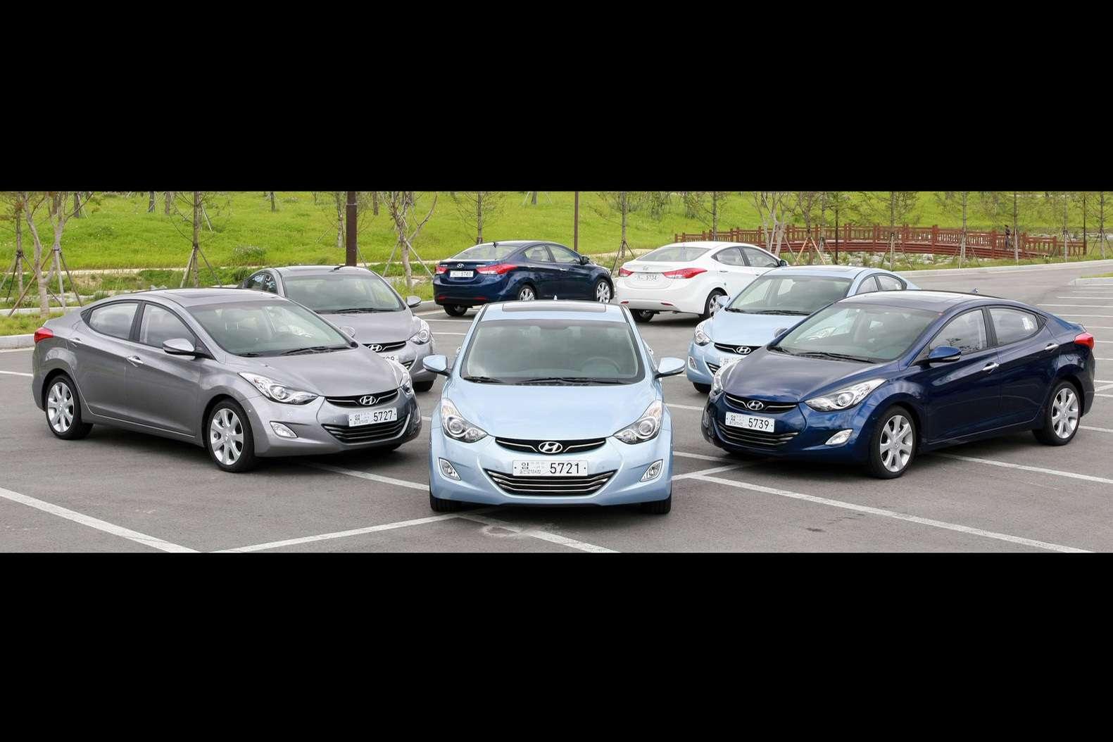 Hyundai Elantra Avante fot lipiec 2010