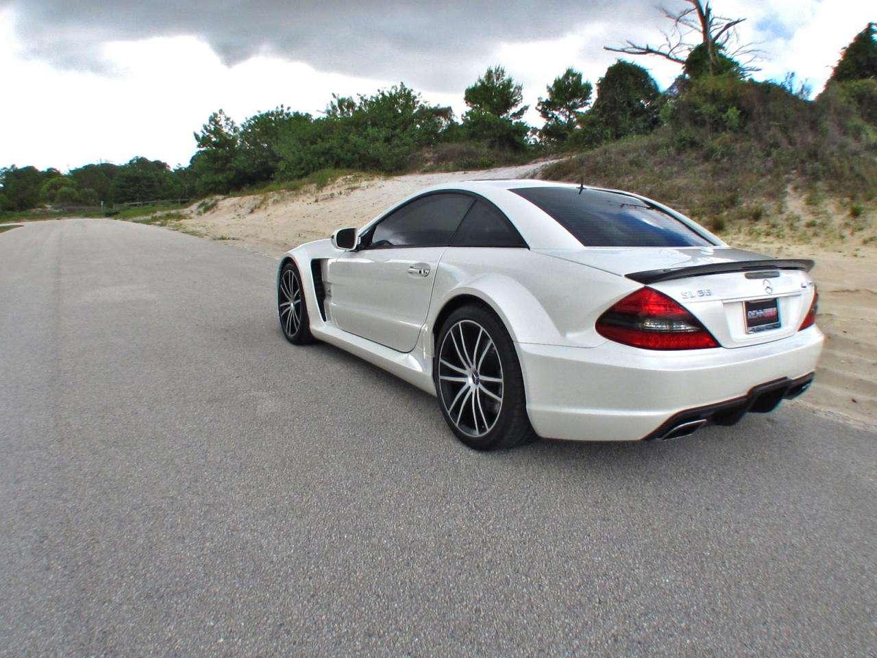 Mercedes SL65 AMG Black Series od Renntech lipiec 2010
