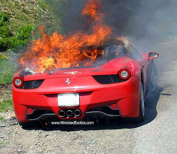 Ferrari 458 Italia fire 3 lipiec 2010