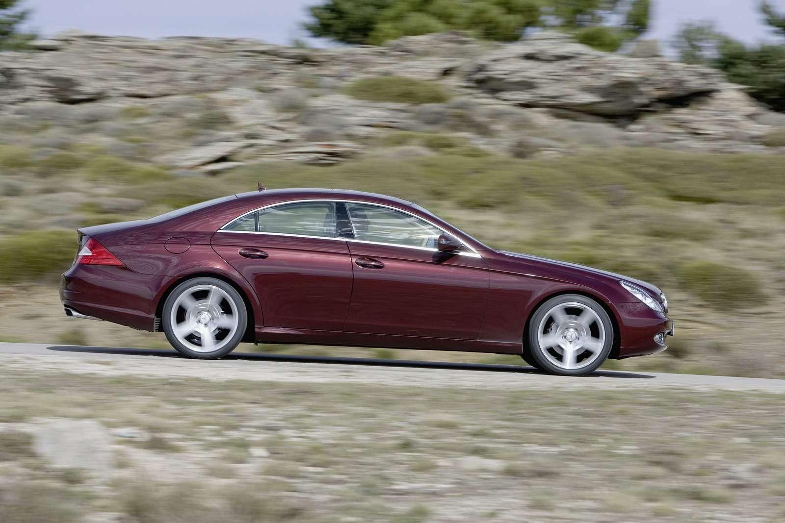 Mercedes-Benz CLS last lipiec 2010