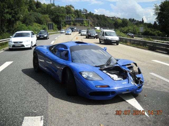 McLaren F1 crash sierpien 2010