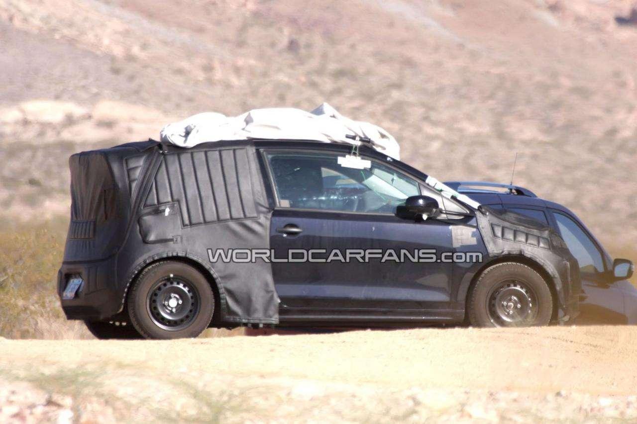 2012 Volkswagen Lupo-Up przyłapany sierpien 2010