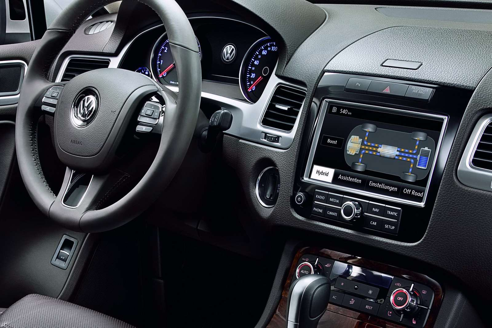 VW Touareg oficjalnie 2010 luty
