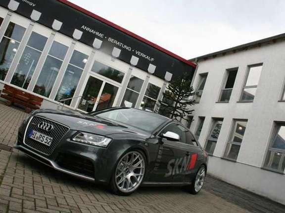 Audi RS5 SKN sierpien 2010