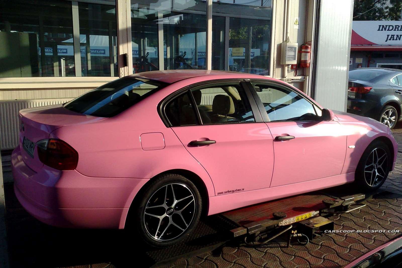 BMW serii 3 pink sierpien 2010